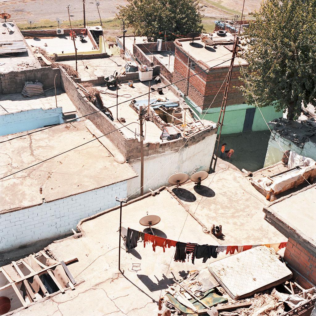 45-Diyarbakir,-un-quartier-informel-en-dehors-des-murailles-2010-copy2